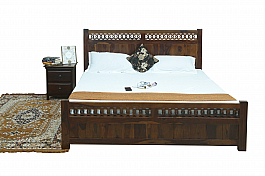 Nataliya Bed solid sheesham king size bed with half storage.