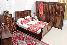 Voyager :: Double Queen Bedroom set in Sheesham set of 6pcs