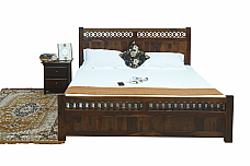 Nataliya Bed solid sheesham queen size bed with half storage.