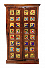 Tiled Tales :: Traditional Wardrobe